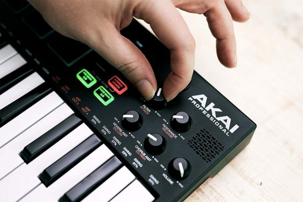 Photo4Less | Akai MPK Mini Play with 128 Sounds and Built-in Speaker