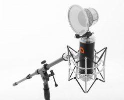 Artesia Pro AMC-20  Cardioid Condenser Microphone w/ Shock Mount + Pop Filter